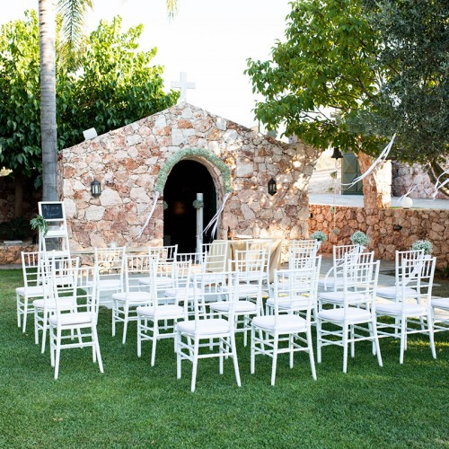 Wedding venue in Athens with church